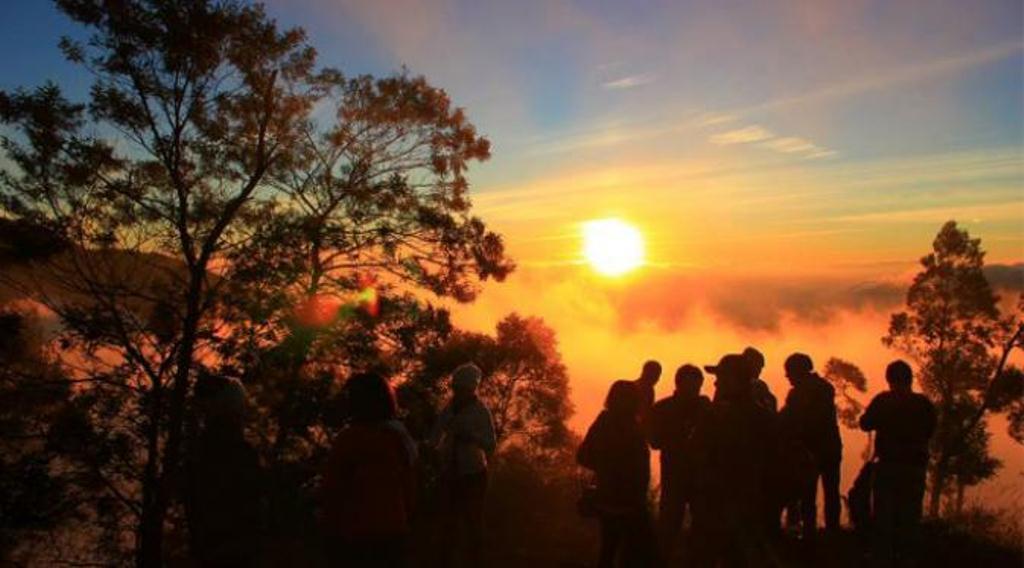 Sunrise Bukit Sikunir