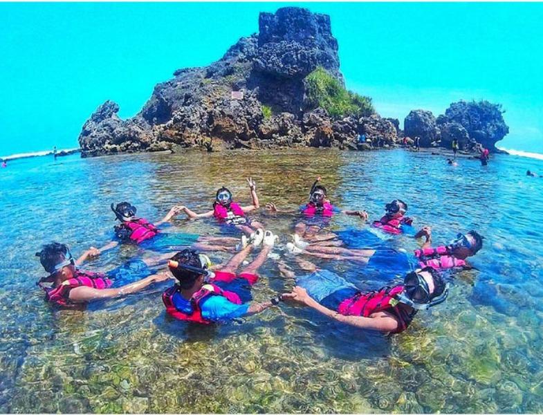 wisata-pantai-glambor
