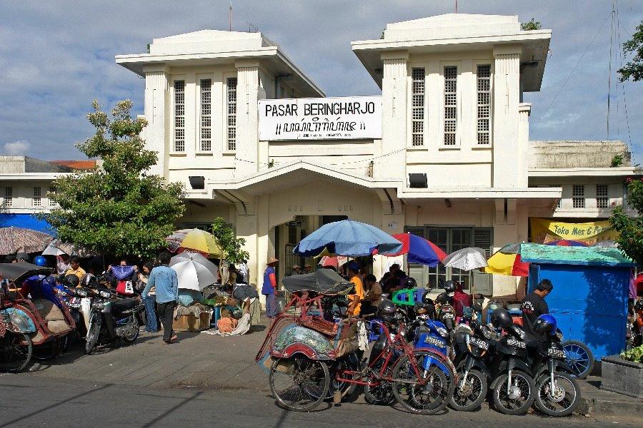 pasar-beringharjo-malioboro